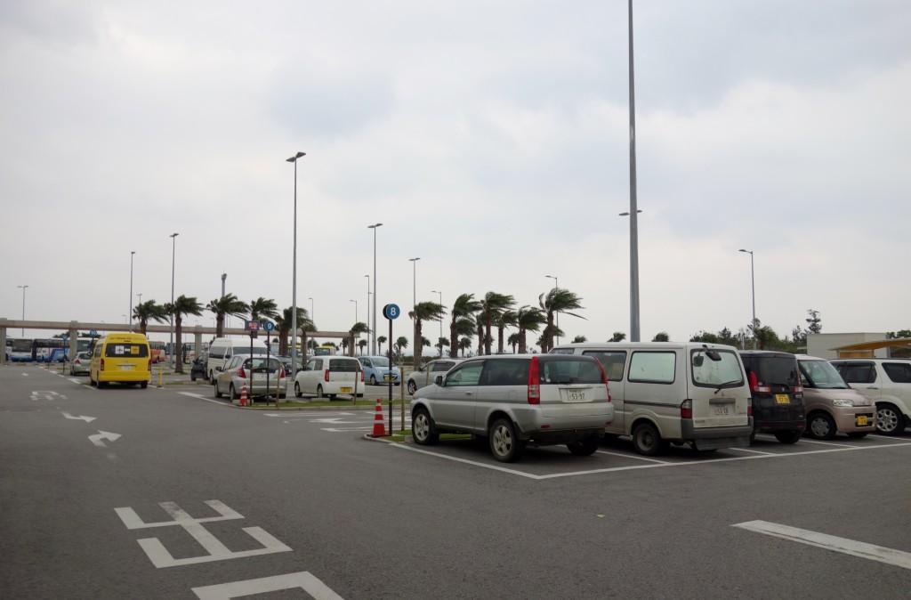 石垣島空港駐車場