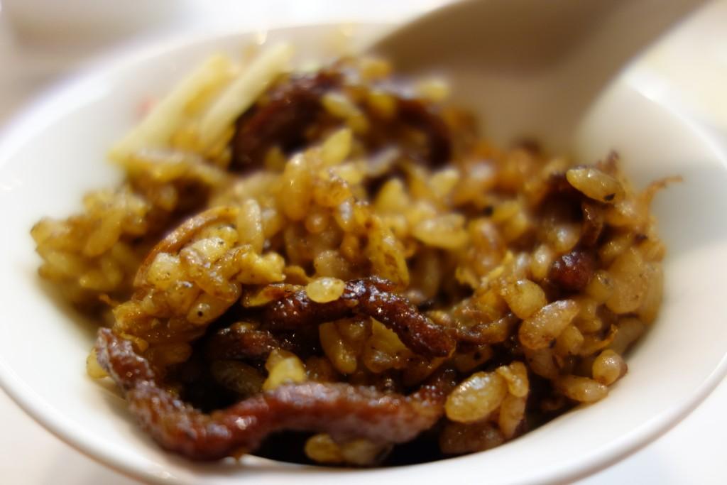 上海黒醤油チャーハン
