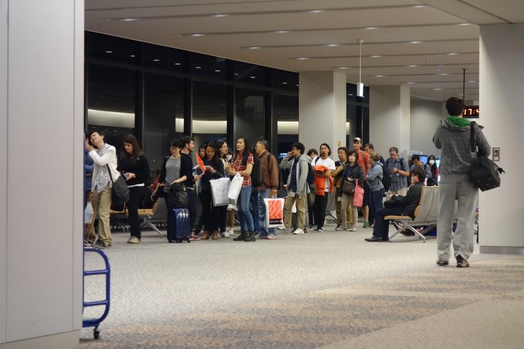 成田空港 52番搭乗口