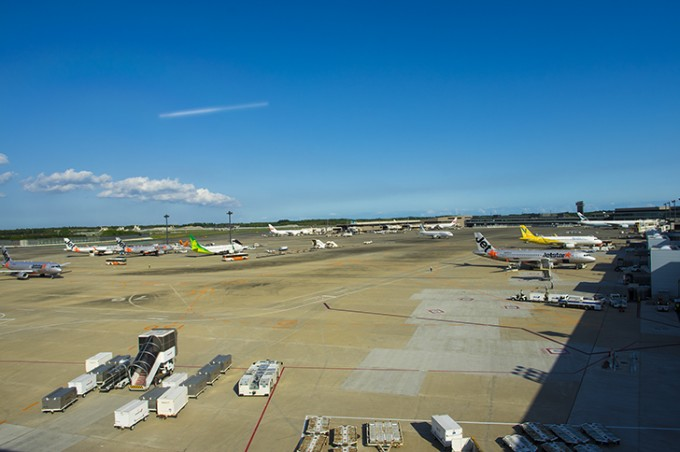 成田空港の飛行機
