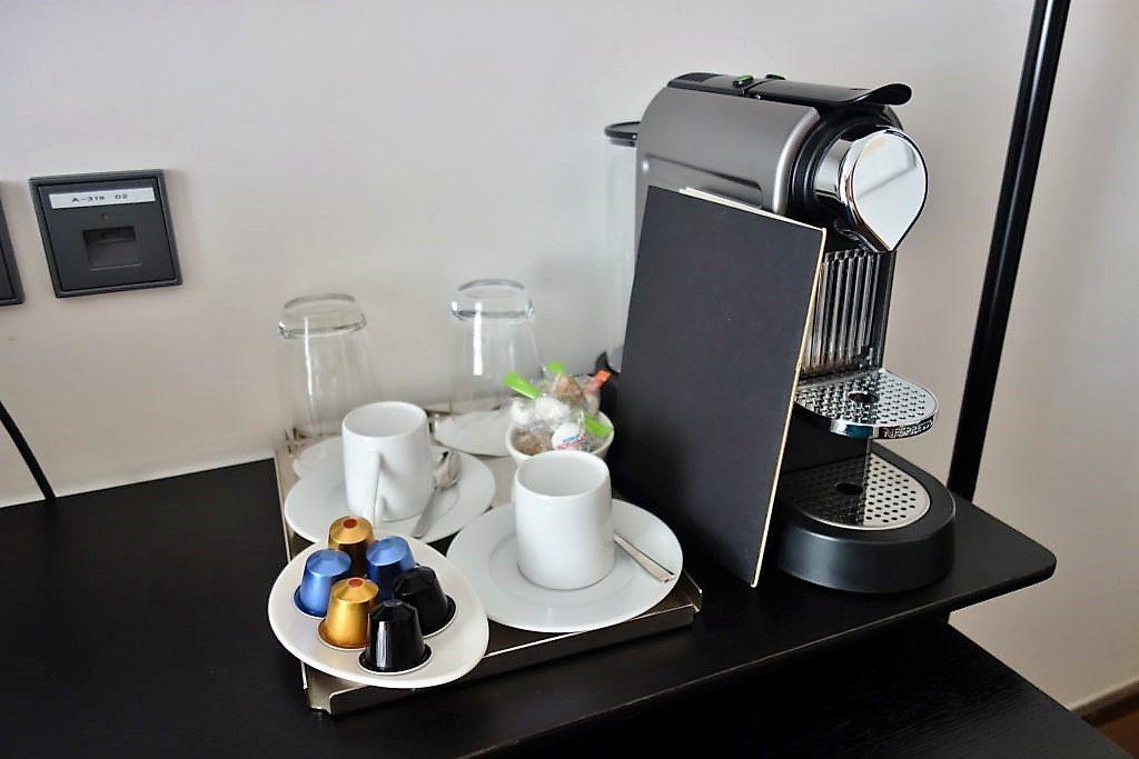 メトロポリタントリビュートポートフォリオホテルkコーヒーメーカー
