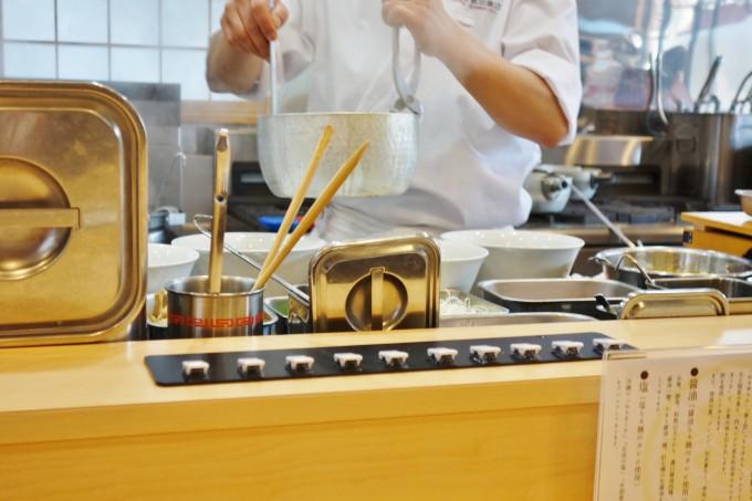 飯田商店の厨房