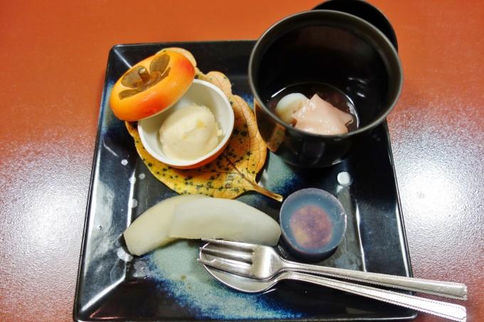 山翠楼の夕食(デザート)