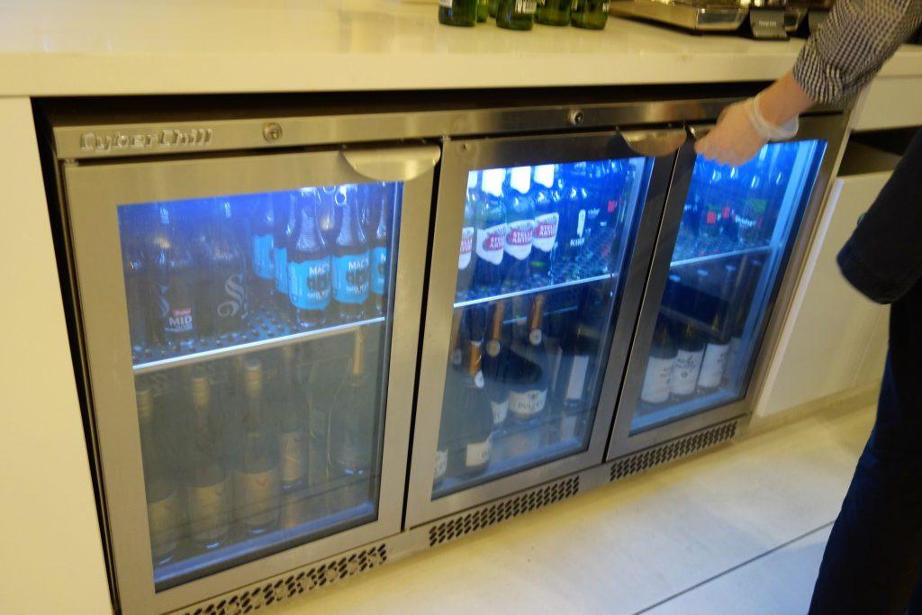シドニー国際空港ニュージーランド航空ラウンジ冷蔵庫