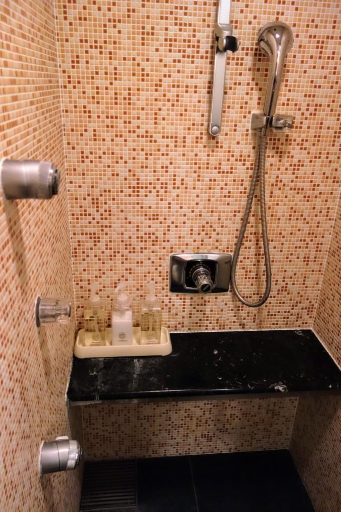 シャワーアメニティ