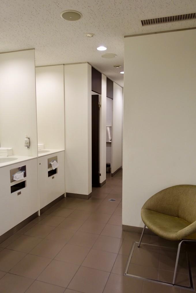 カンタス航空ラウンジトイレ