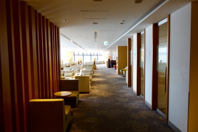 成田空港第2ターミナルサテライトサクララウンジ