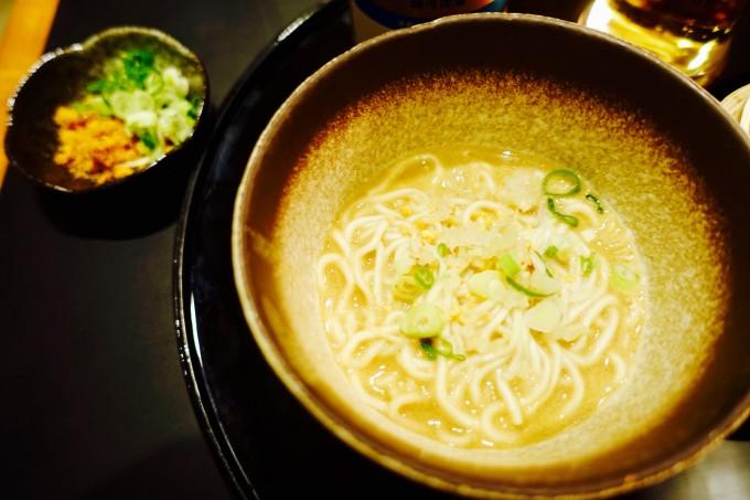 キャセイパシフィック航空ラウンジ 担々麺