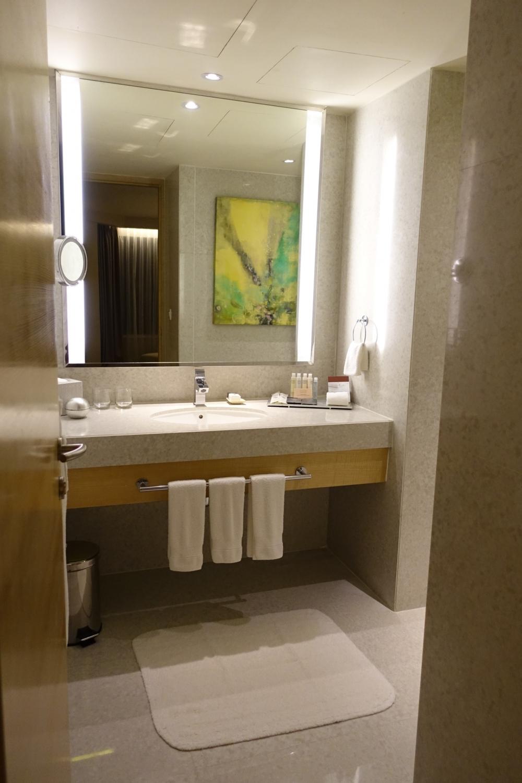 ダブルツリーバイヒルトンクアラルンプール テラススイート バスルーム