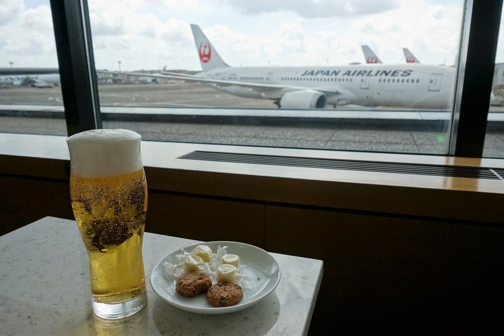 成田空港サクララウンジ
