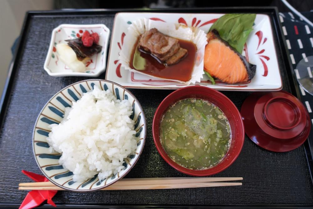 JALビジネスクラス機内食