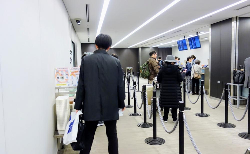 羽田空港のANAプレミアムチェックインの内部の様子