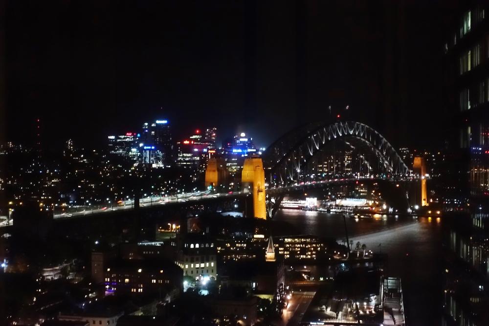 シドニー ハーバーマリオット ハーバーブリッジの夜景