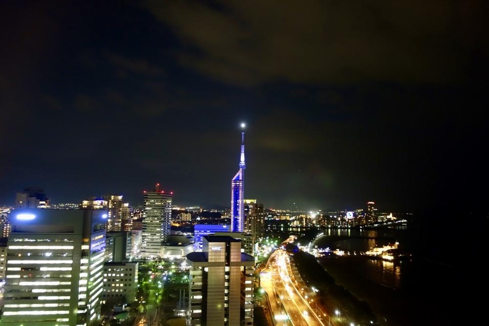 ヒルトン福岡 22階から見る夜景