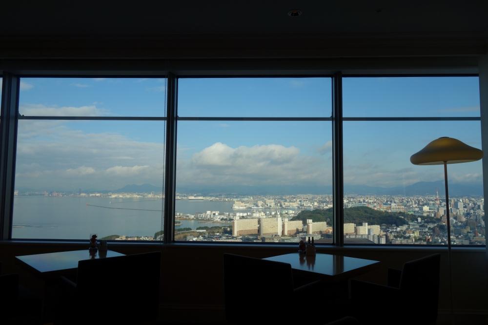 ヒルトン福岡シーホーク エグゼクティブラウンジ 窓からの眺め