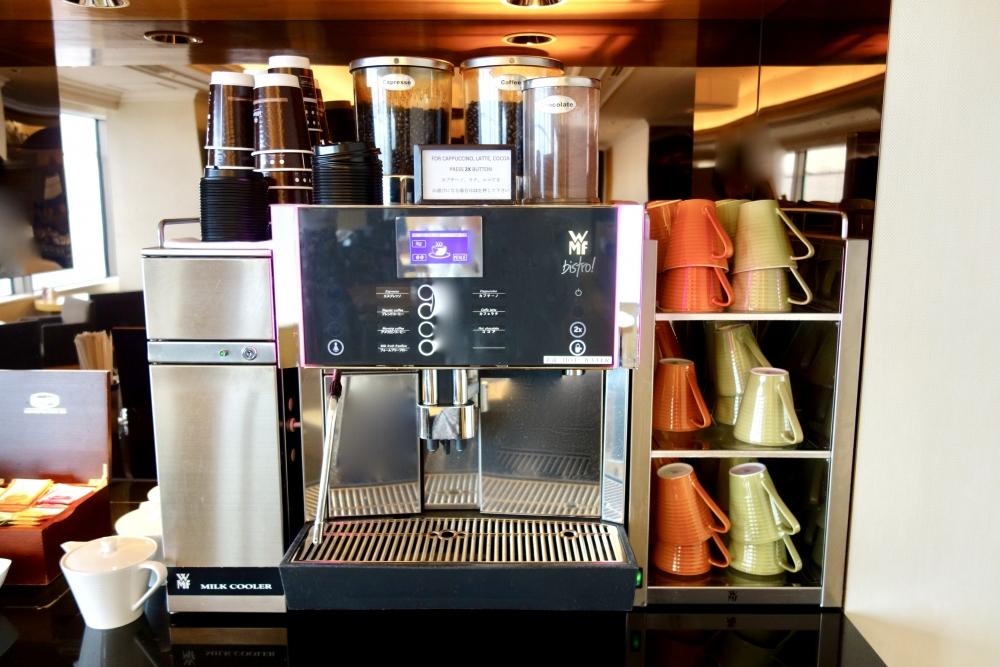ヒルトン福岡シーホーク エグゼクティブラウンジ コーヒーはテイクアウトも可