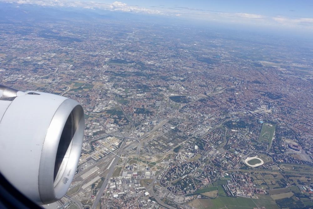 ミラノ上空