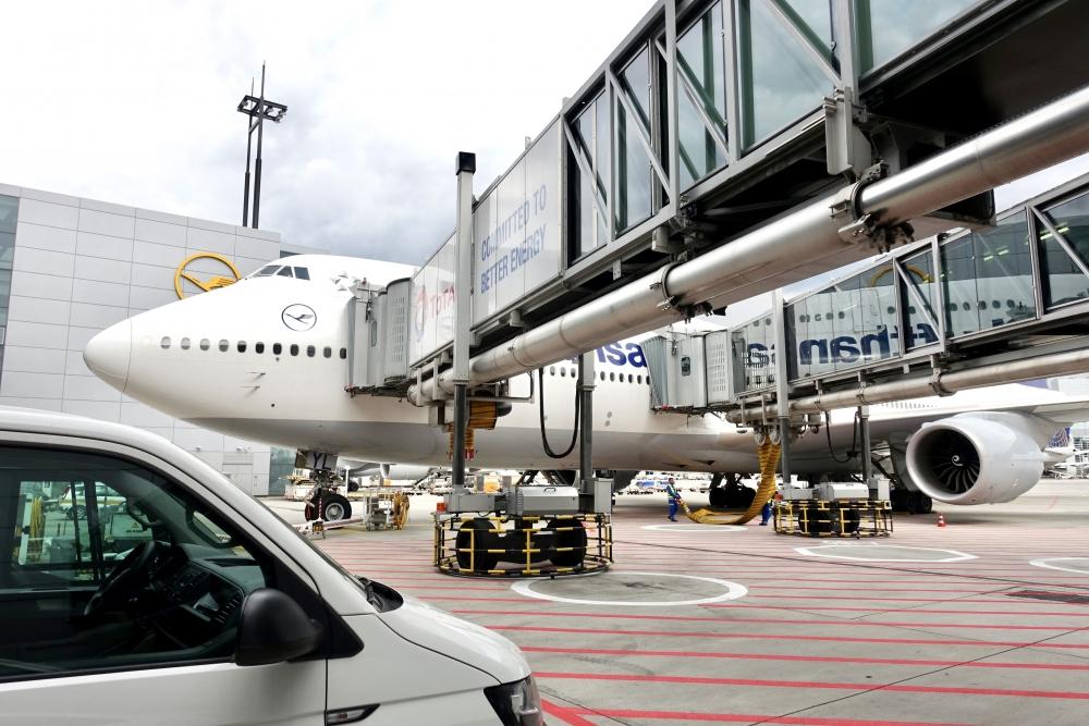 フランクフルト国際空港 ルフトハンザ機側