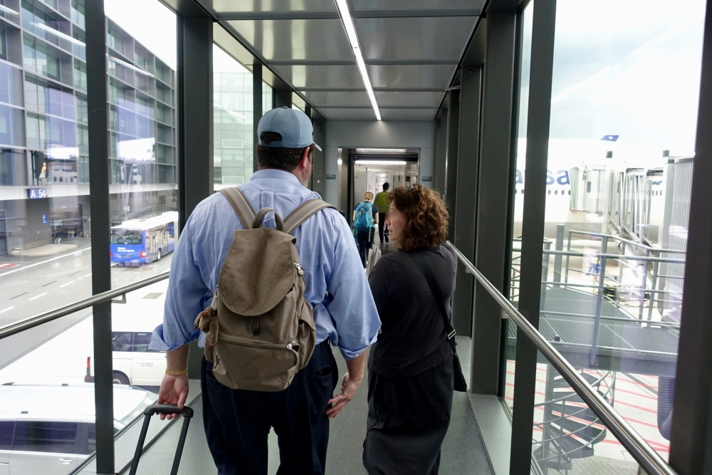 フランクフルト国際空港 ルフトハンザ ファーストクラス搭乗者用ルート