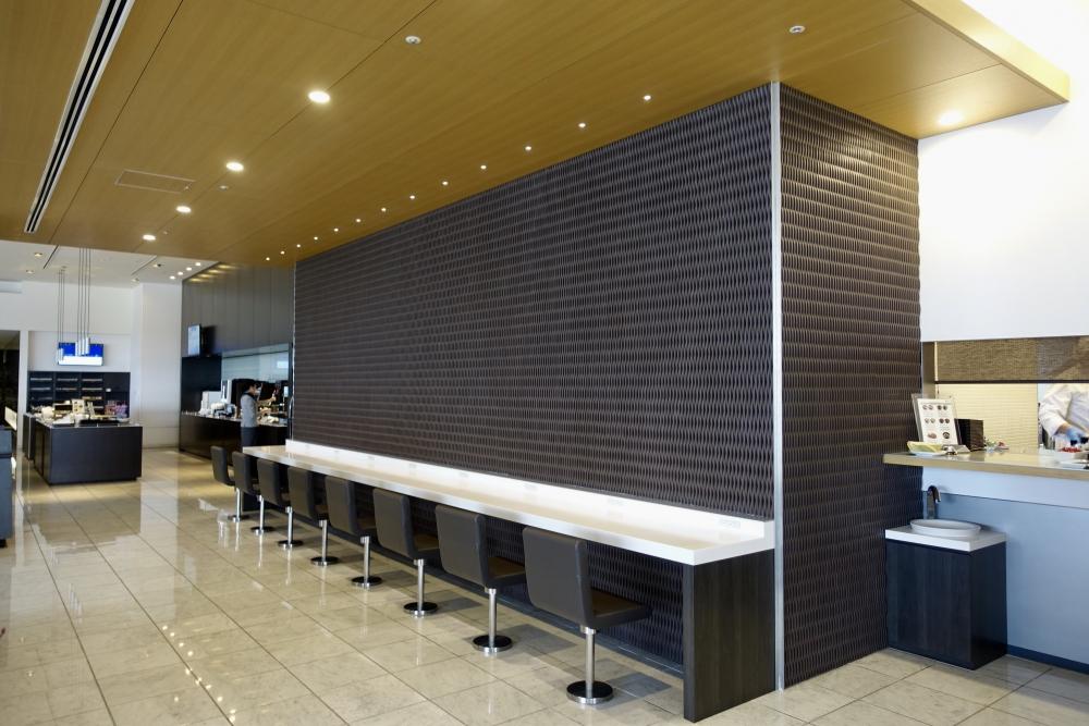 成田空港第1ターミナル 第5サテライト ANAスイートラウンジ カウンター席