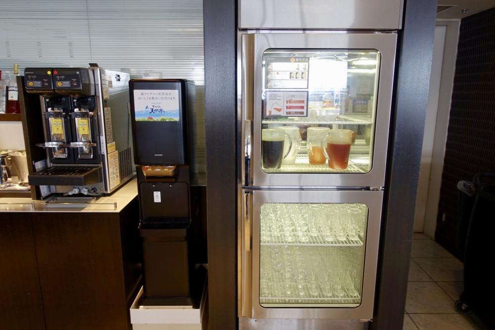 成田空港第1ターミナル ANAスイートラウンジ 冷蔵庫