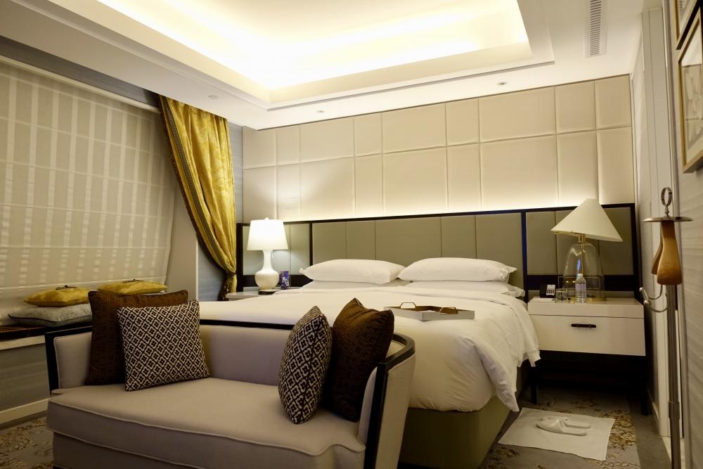 セントレジス上海静安 カロラインスイート ベッドルーム