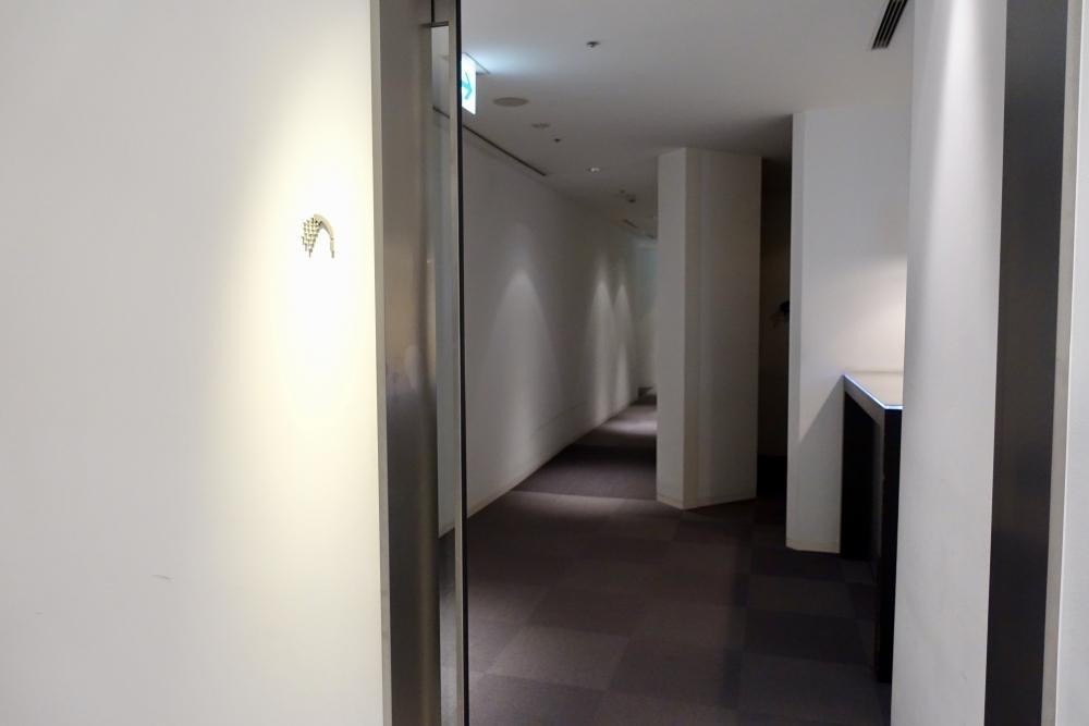 成田空港第1ターミナル 第4サテライト ANAスイートラウンジ シャワー室入口