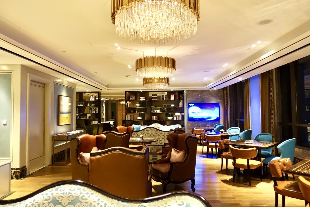 セントレジス上海静安の55階ラウンジ(ザ・クラブ) インテリア