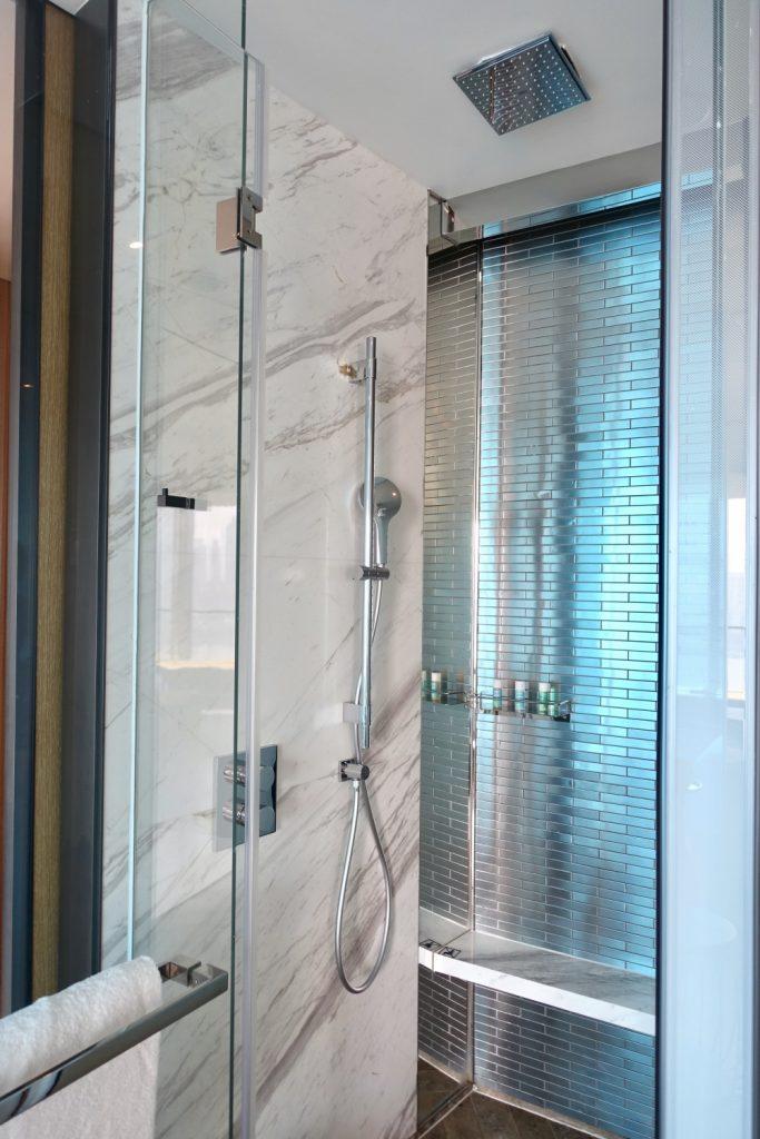 W上海 ワンダフルルーム シャワー