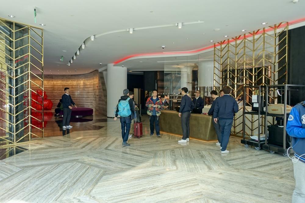 W上海 エントランス
