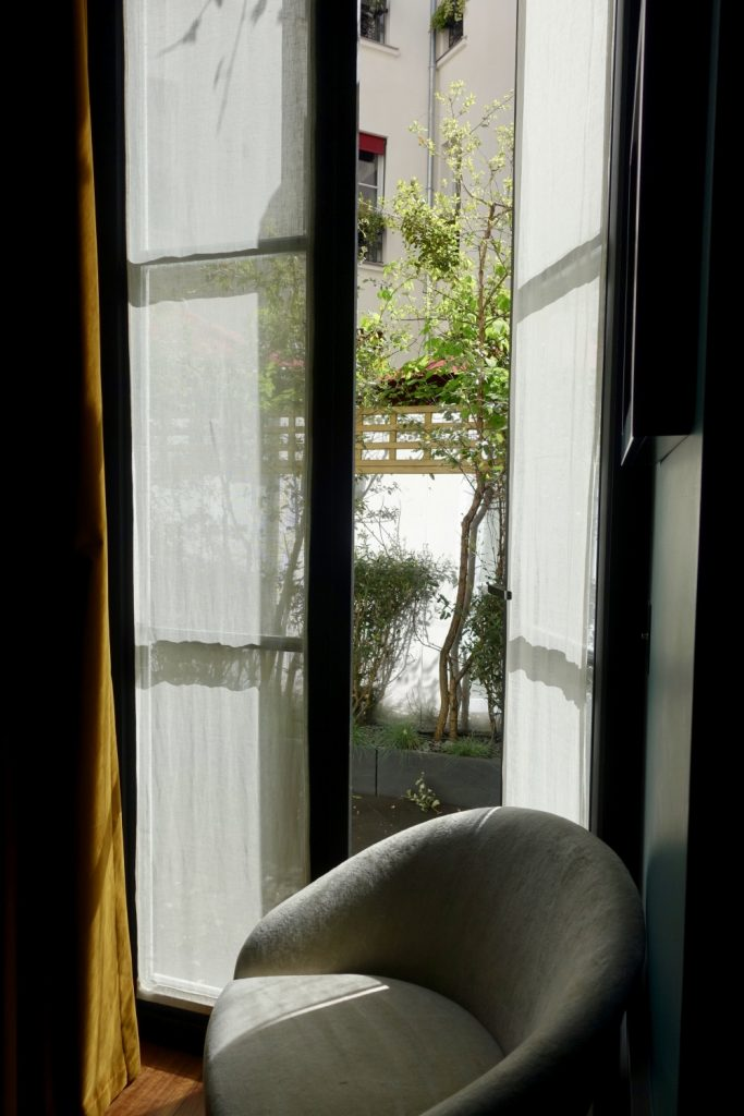 Le roch インダルジェンススイート テラスへのドア
