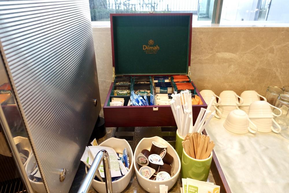 コートヤード台北エグゼクティブラウンジドリンクバー紅茶はディルマ