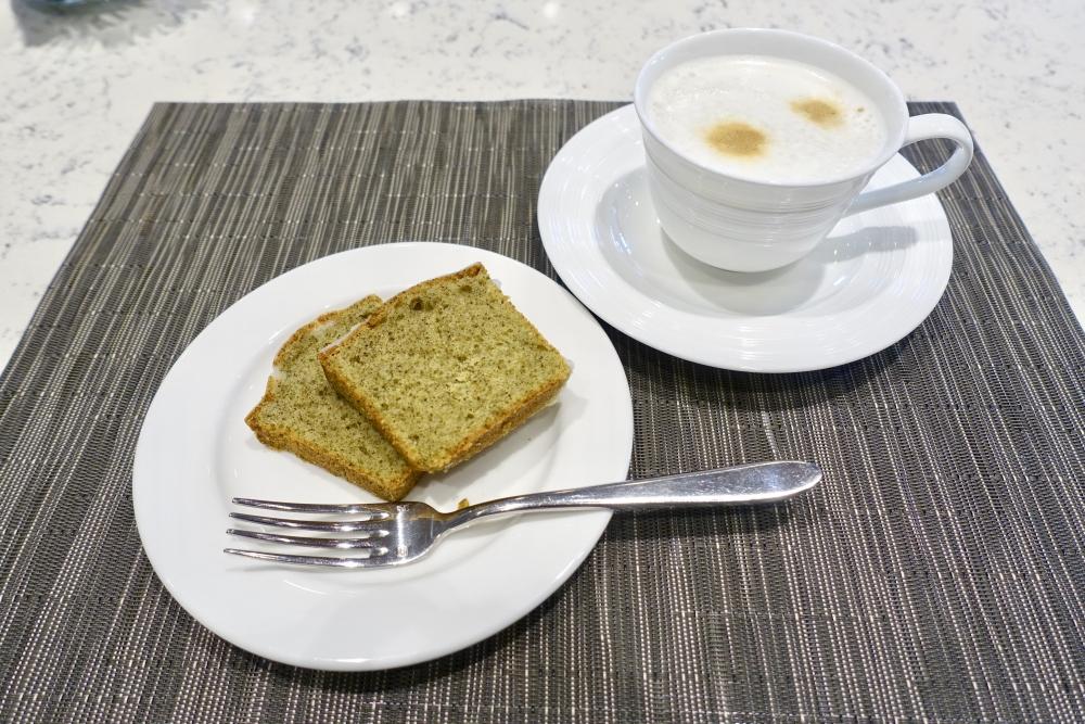 コートヤード台北エグゼクティブラウンジのティータイムでは7階ベーカリーのケーキを提供