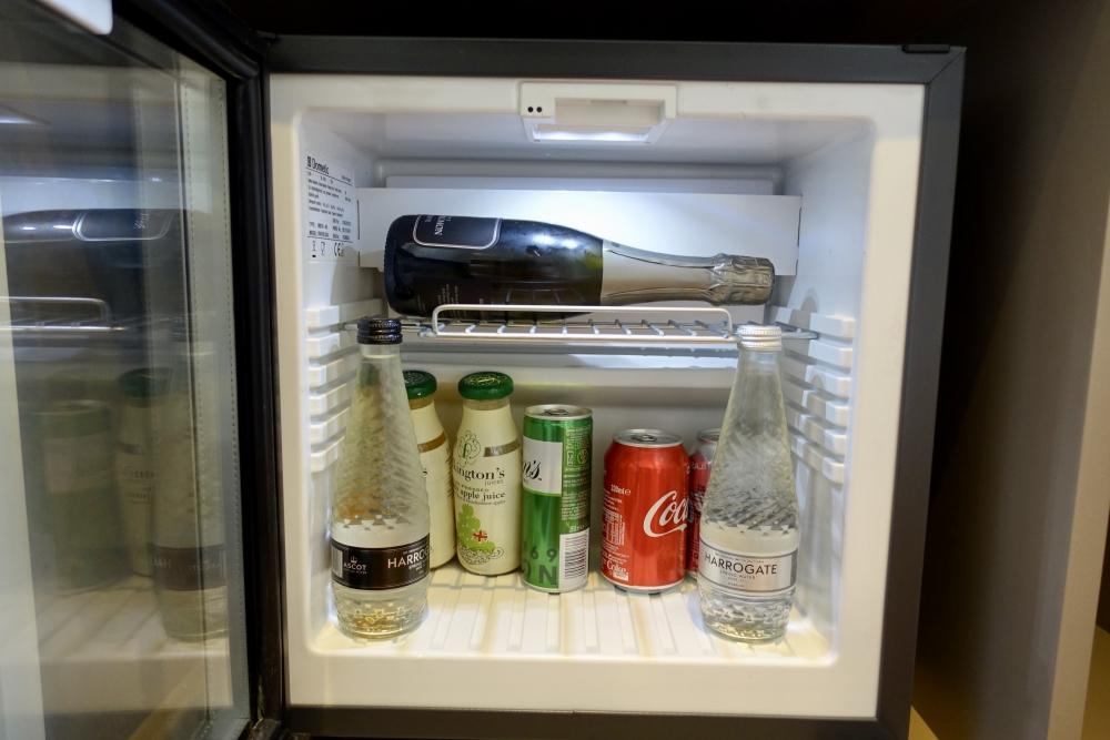 グレートノーザンホテル・キュービットルーム・ミニバー・冷蔵庫