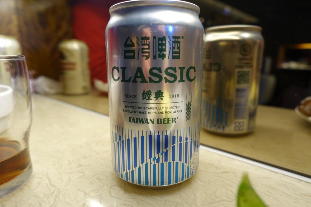 台北松山国際空港VIPラウンジ・台湾ビール