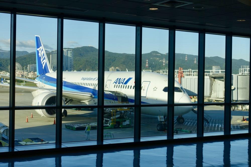 松山国際空港発羽田空港行き852便