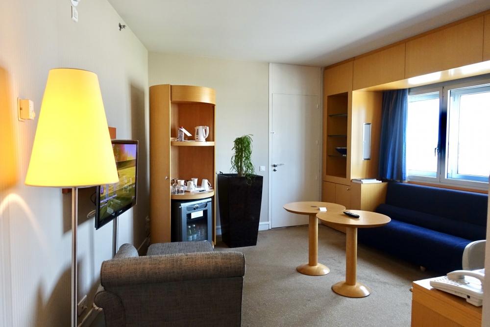 シェラトン・パリ・エアポートホテル&コンファレンスセンターリビングルーム