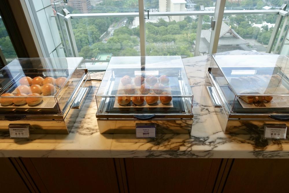ザ・プリンスパークタワー東京プレミアムクラブラウンジ終日提供されているパン