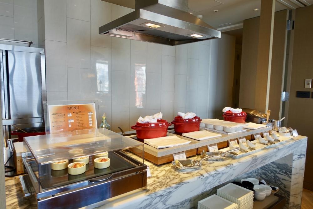 ザ・プリンスパークタワー東京プレミアムクラブラウンジオープンキッチン
