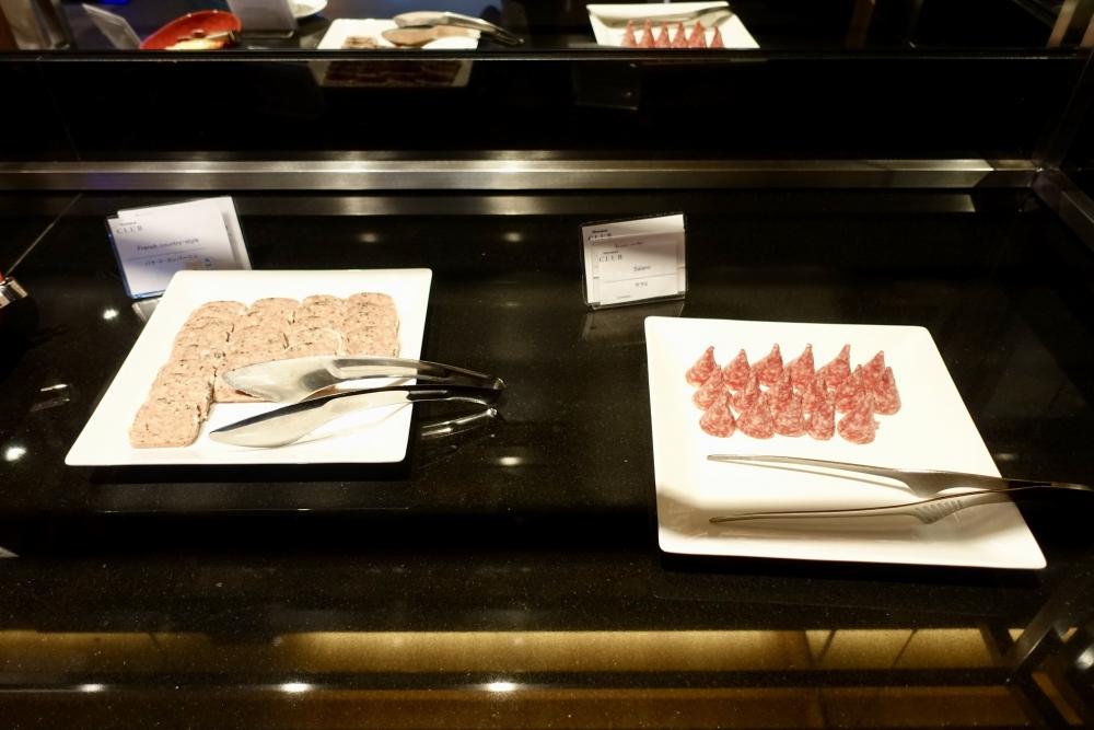 シェラトン都ホテル東京クラブラウンジバータイムシャルキュトリー