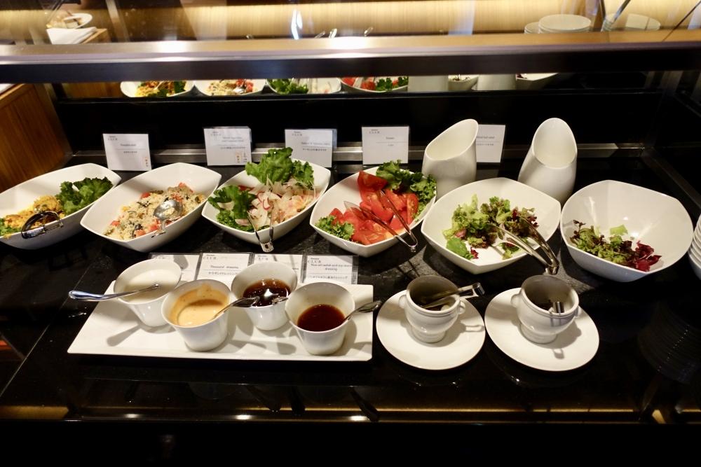 シェラトン都ホテル東京クラブラウンジ朝食サラダバー