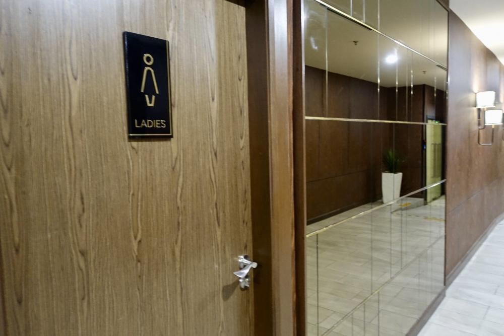 マレーシア航空ゴールデンラウンジシャワー室