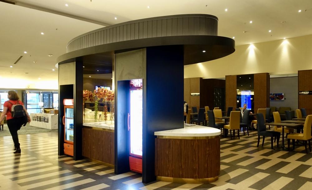 クアラルンプール国際空港マレーシア航空ゴールデンラウンジドリンクコーナー