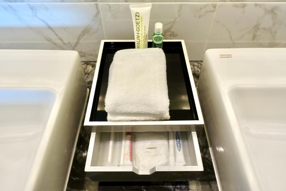 ル・メリディアンクアラルンプール/メリディアンスイート洗面台のアメニティ